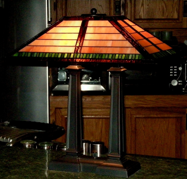 Desk Lamps : Mission Lamps : Tiffany Lamps : Stained Glass